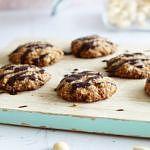 Havermout-amandel koekjes met tahin en chocolade