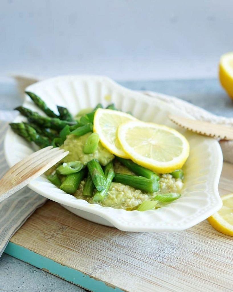 asperges met quinoa en avocado creme 2